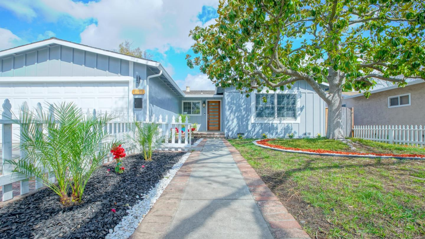 Detail Gallery Image 1 of 1 For 1151 Springfield Dr, Campbell, CA 95008 - 3 Beds | 2 Baths