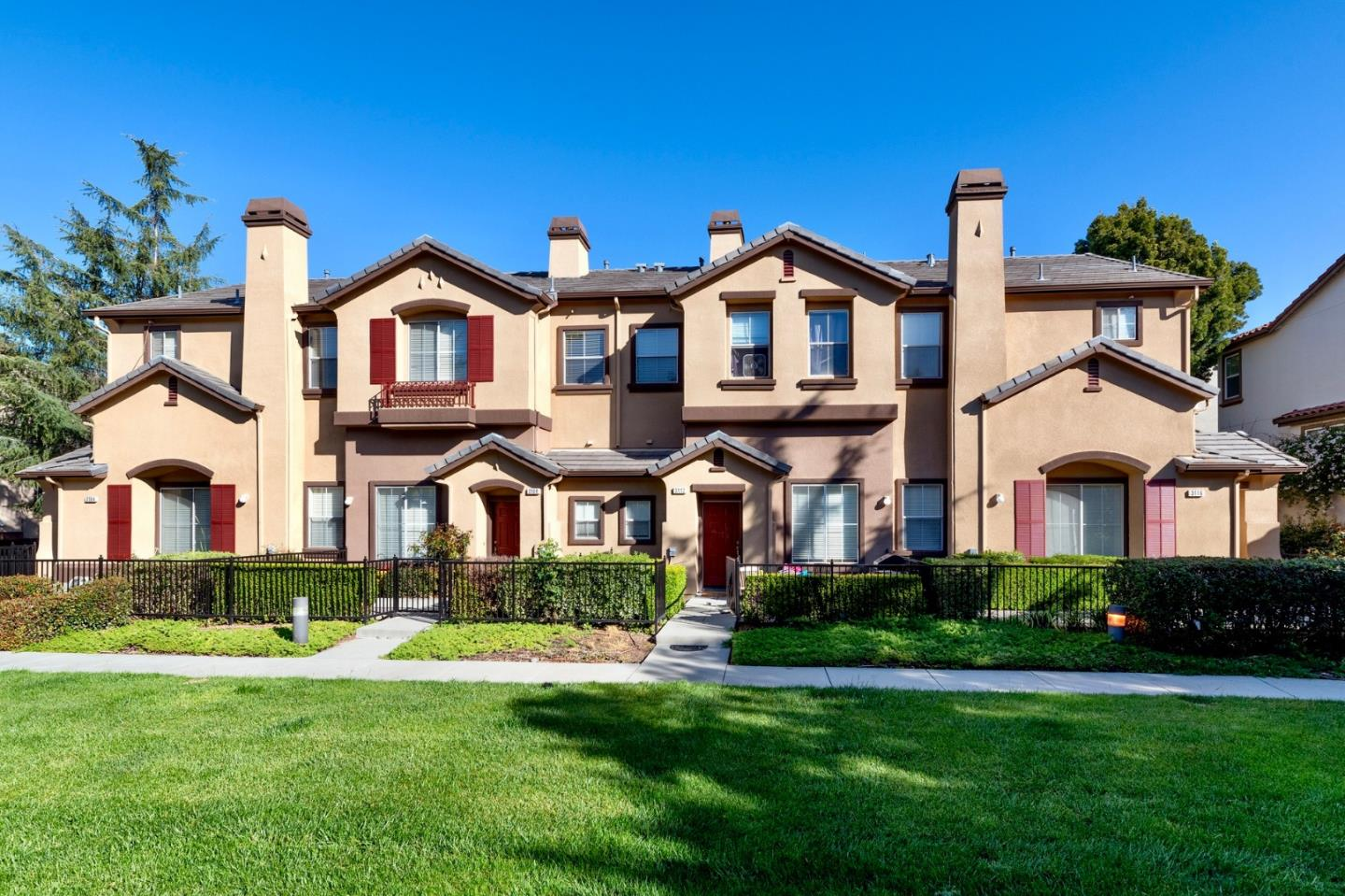 Detail Gallery Image 1 of 25 For 3116 White Riesling Pl, San Jose, CA, 95135 - 3 Beds | 2/1 Baths