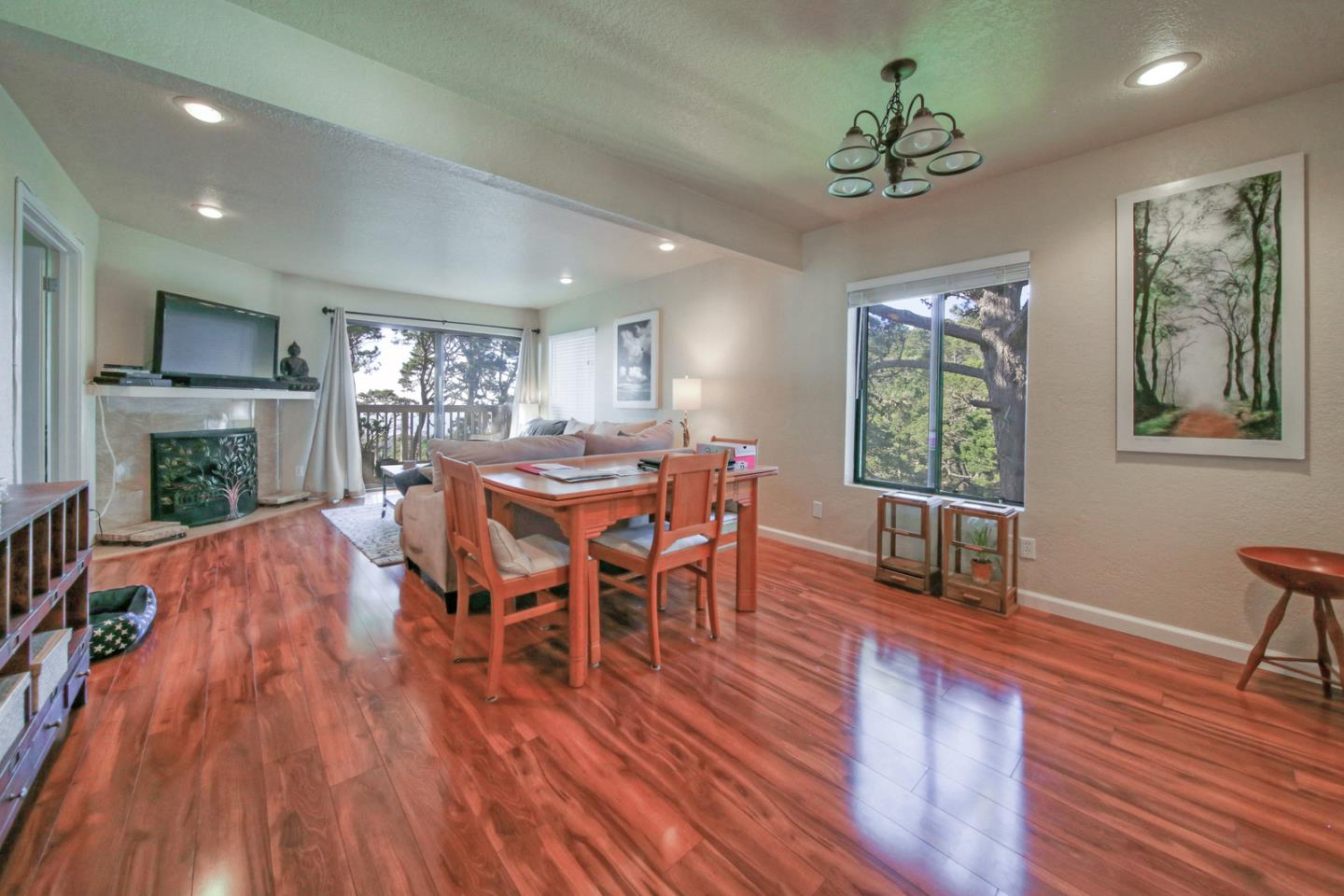 Detail Gallery Image 1 of 1 For 250 Forest Ridge Rd #54,  Monterey,  CA 93940 - 2 Beds | 1/1 Baths