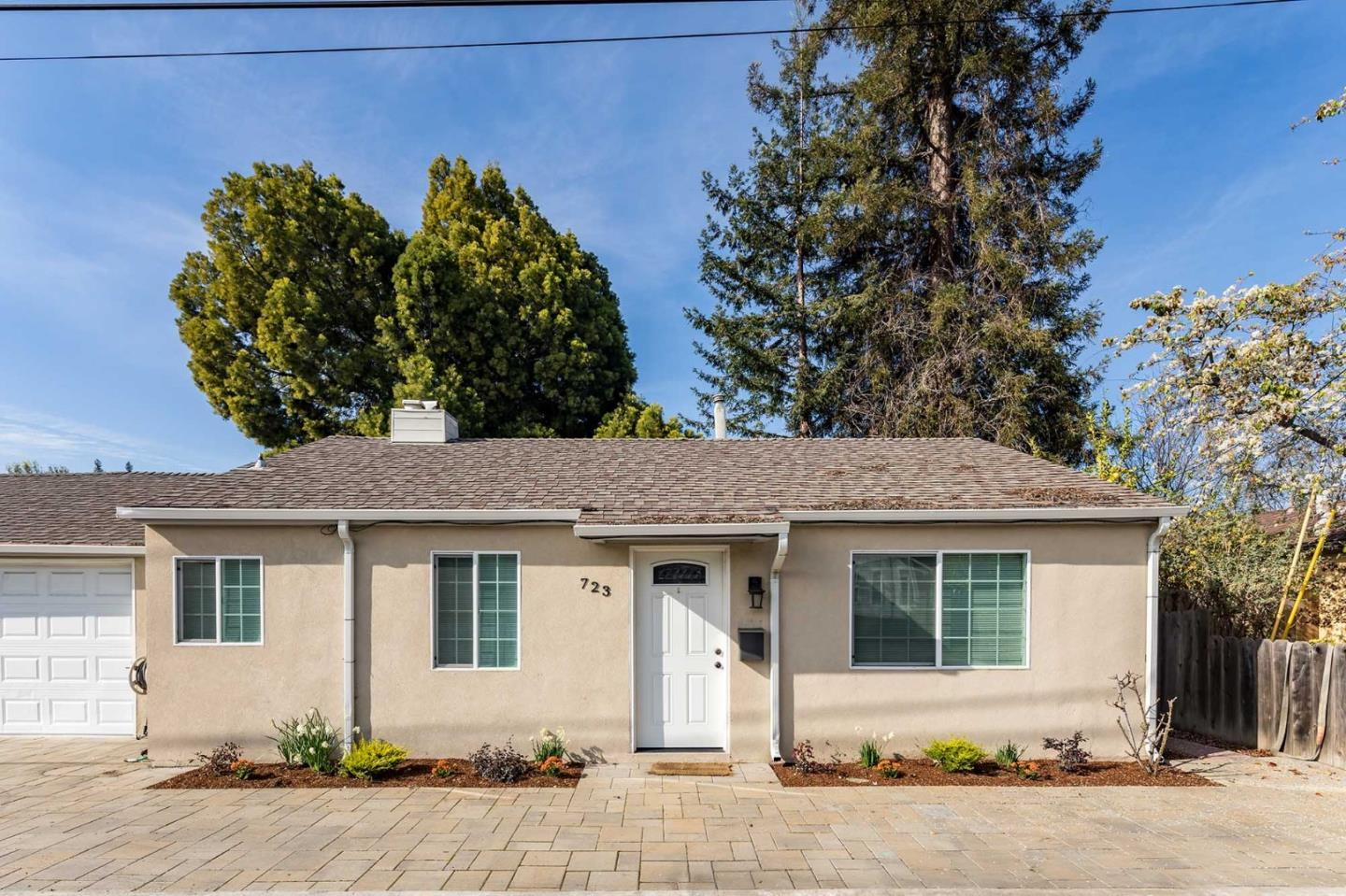 Detail Gallery Image 1 of 22 For 717 Ellsworth Pl, Palo Alto, CA 94306 - – Beds | – Baths