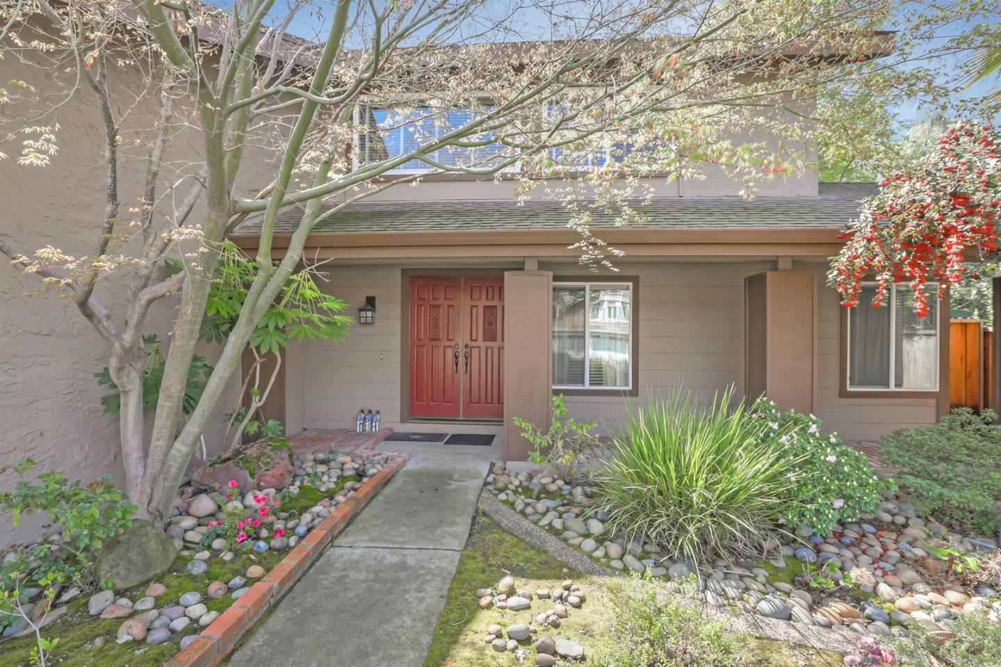 Detail Gallery Image 1 of 1 For 3531 Feller Ave, San Jose, CA, 95127 - 4 Beds | 2/1 Baths