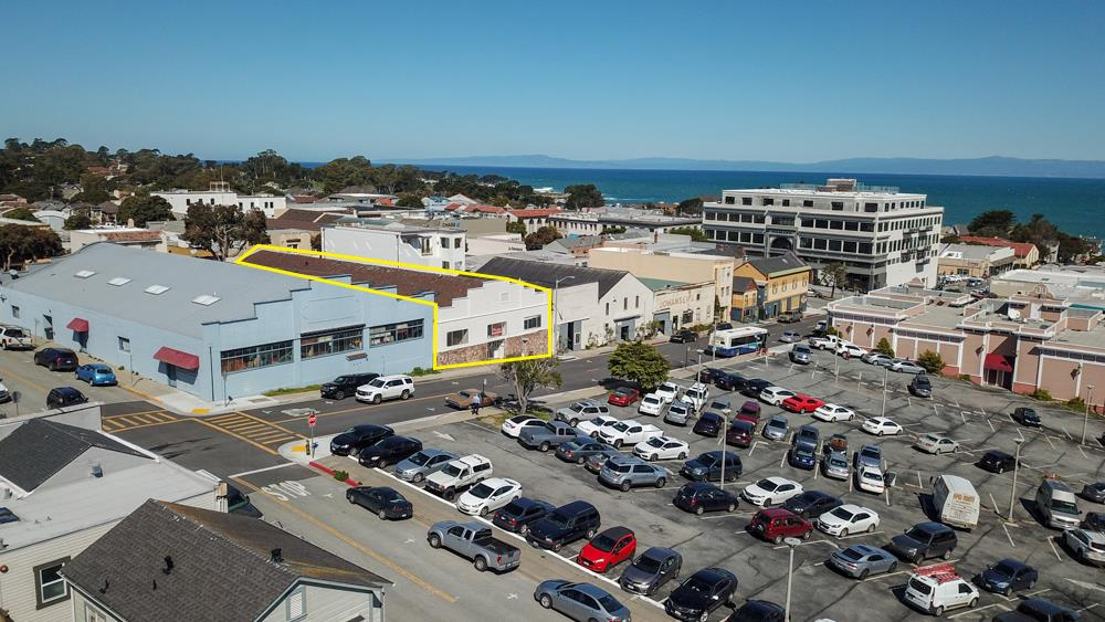 227 Grand AVE Pacific Grove, CA 93950