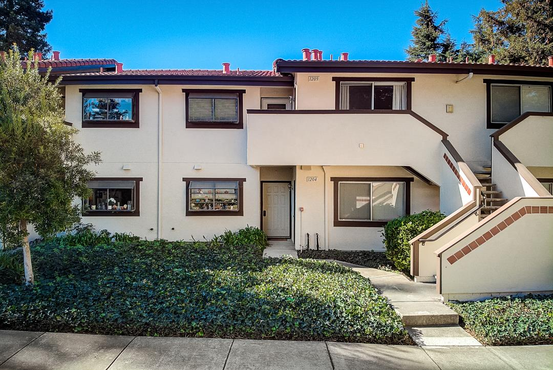 Detail Gallery Image 1 of 27 For 1400 Bowe Ave #1209, Santa Clara, CA, 95051 - 2 Beds | 2 Baths