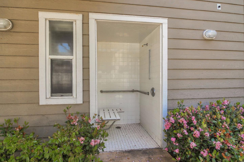 250 Santa Fe Terrace #227, Sunnyvale, CA 94085 $998,000 www