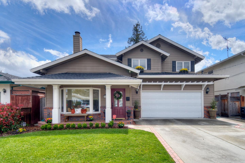 Redwood City                                                                      , CA - $2,297,000
