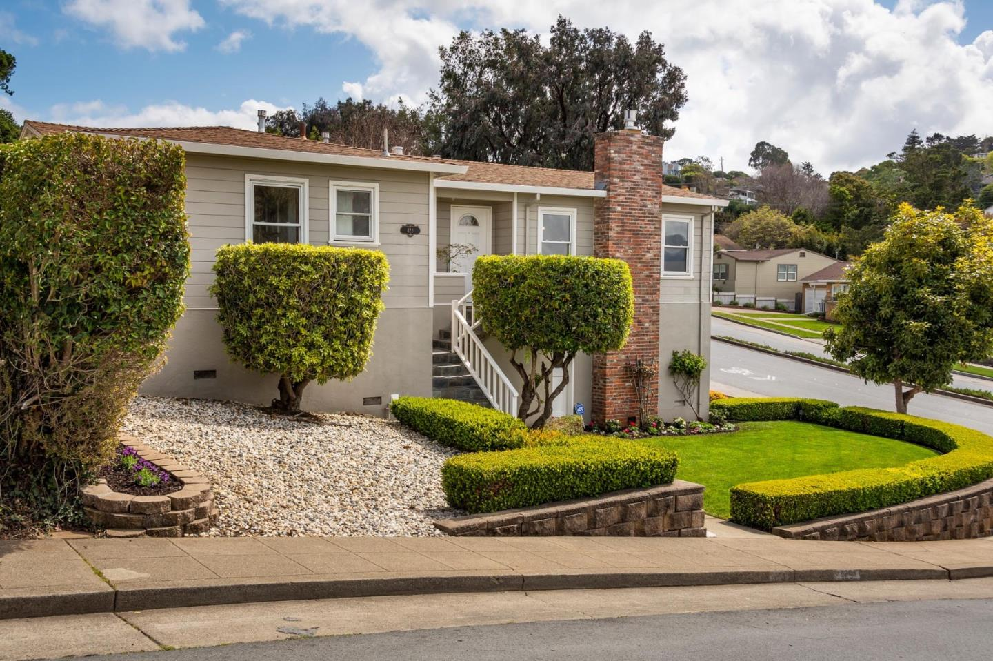 Detail Gallery Image 1 of 1 For 423 42nd Ave, San Mateo, CA, 94403 - 3 Beds | 2 Baths