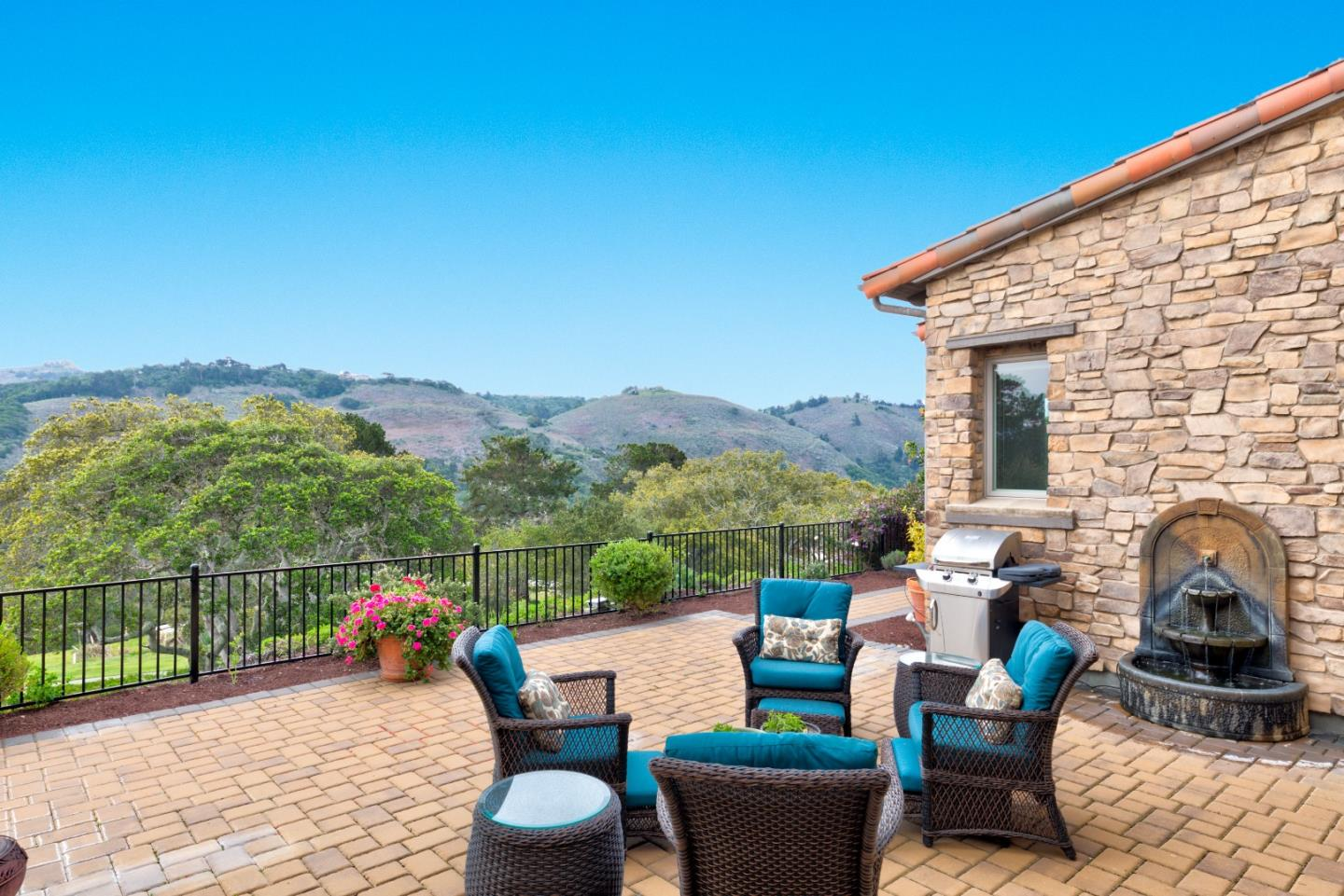 Photo of 414 Mirador CT, MONTEREY, CA 93940