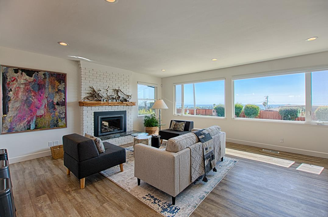 Detail Gallery Image 1 of 1 For 7519 Sunset Way, Aptos, CA 95003 - 3 Beds | 2 Baths