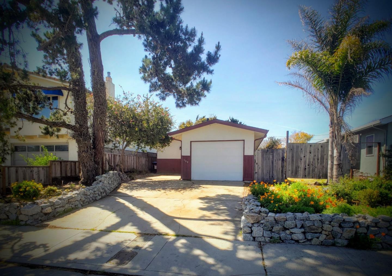 Detail Gallery Image 1 of 1 For 139 Merced Ave, Santa Cruz, CA 95060 - 3 Beds | 1/1 Baths