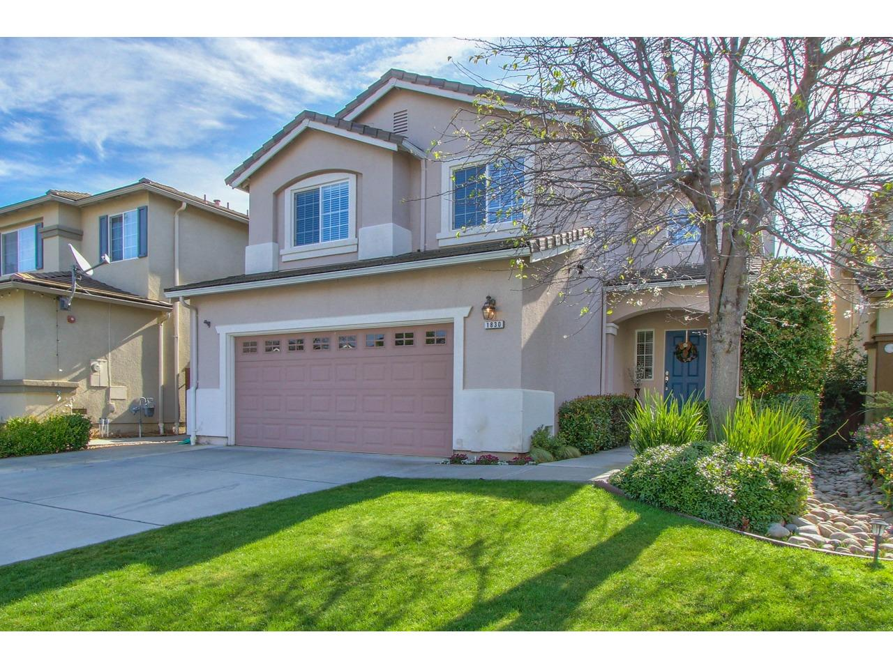 Detail Gallery Image 1 of 1 For 1830 Hemingway Dr, Salinas,  CA 93906 - 3 Beds | 2/1 Baths