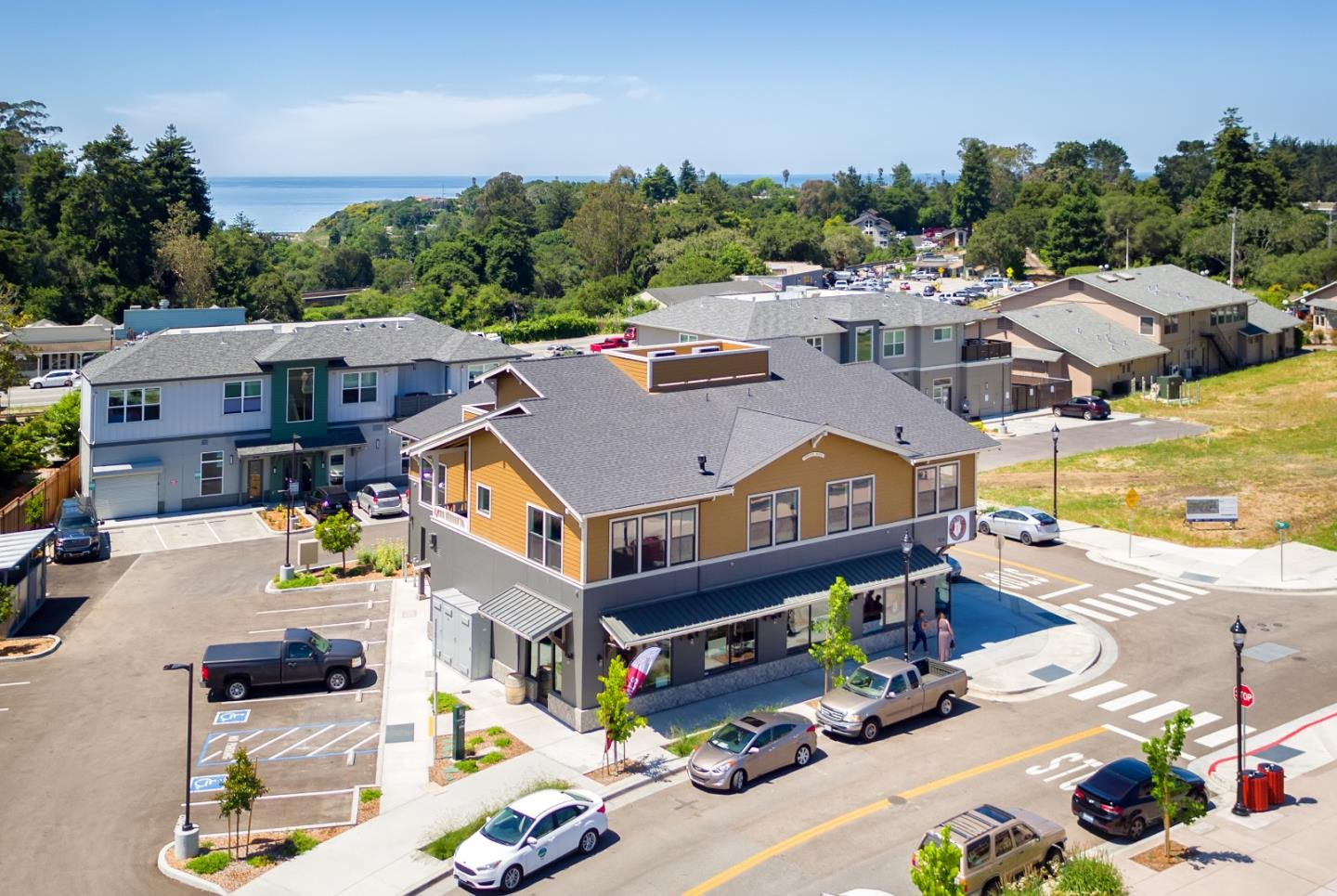 Detail Gallery Image 1 of 1 For 154 Aptos Village #202, Aptos, CA, 95003 - 2 Beds | 2 Baths