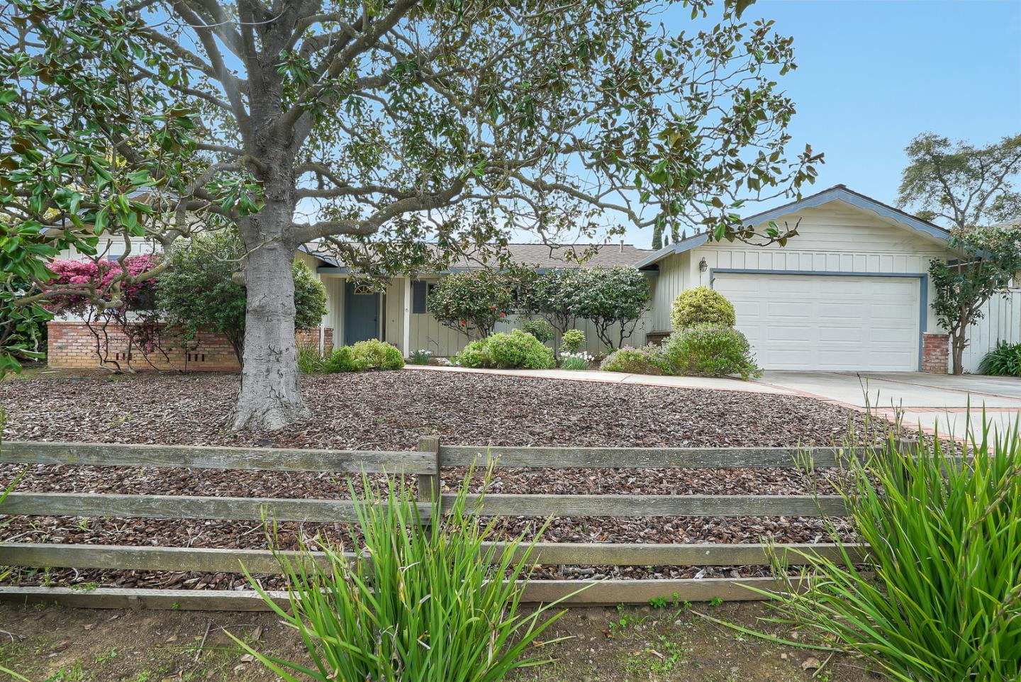 Detail Gallery Image 1 of 1 For 20700 Canyon View Dr, Saratoga, CA 95070 - 3 Beds | 2 Baths