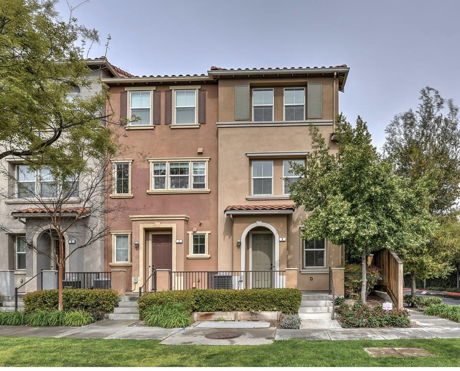 1535 Agnew RD 8, one of homes for sale in Santa Clara