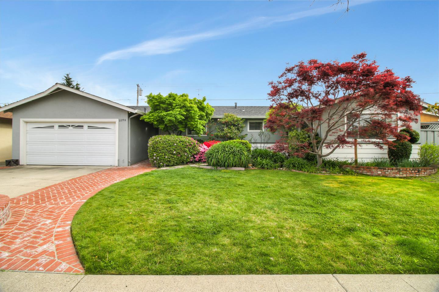 Detail Gallery Image 1 of 1 For 2290 Starbright Dr, San Jose,  CA 95124 - 4 Beds | 2 Baths
