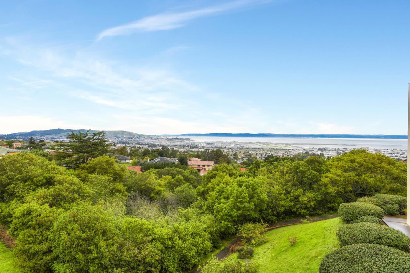 320 Vallejo DR 25, one of homes for sale in Millbrae