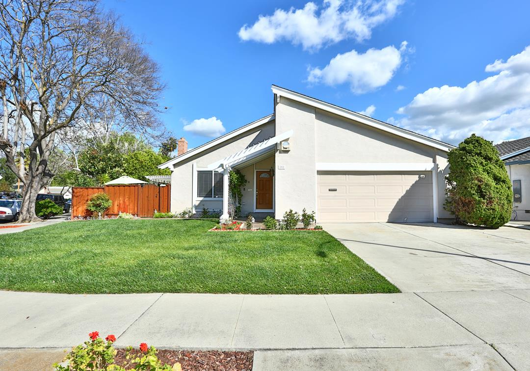 Detail Gallery Image 1 of 1 For 252 Bluefield Dr, San Jose, CA, 95136 - 4 Beds   2 Baths