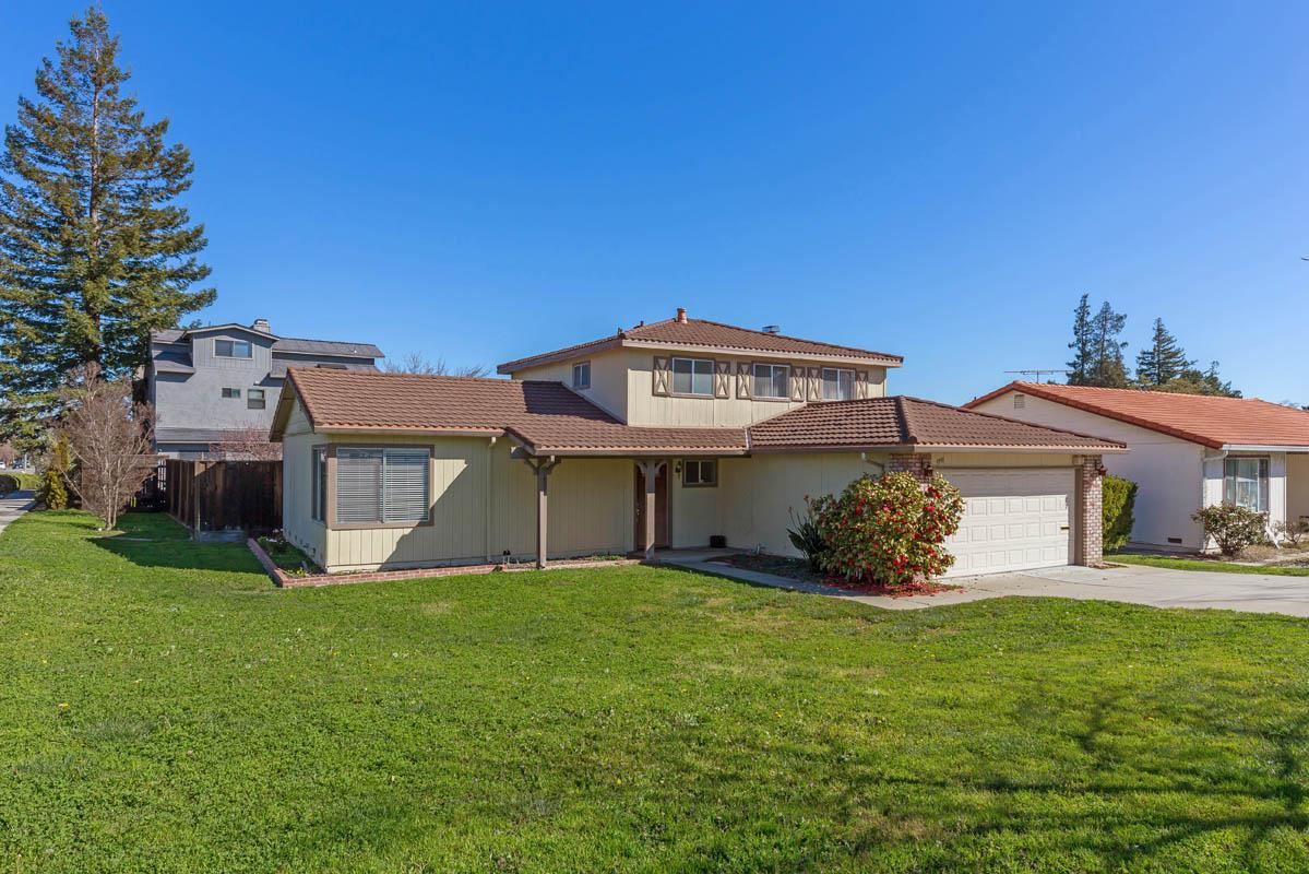 Detail Gallery Image 1 of 1 For 5991 Bollinger Rd, Cupertino,  CA 95014 - 3 Beds | 2/1 Baths