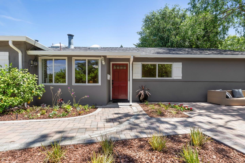 2997 Louis RD, Palo Alto, California