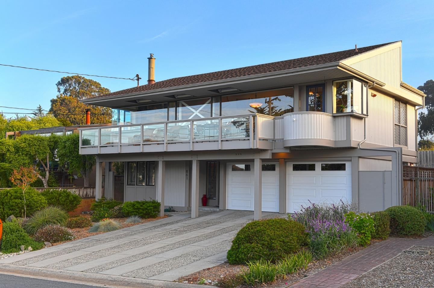Detail Gallery Image 1 of 1 For 861 Seapalm Ave, Pacific Grove, CA 93950 - 4 Beds | 2/2 Baths