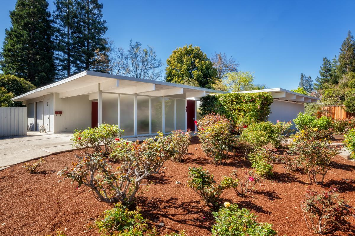 Detail Gallery Image 1 of 1 For 820 Pine Hill Rd, Stanford,  CA 94305 - 3 Beds   2 Baths