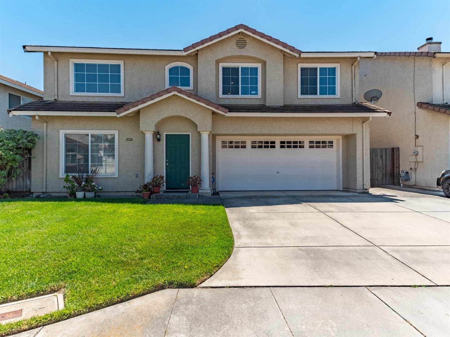 Detail Gallery Image 1 of 1 For 1826 Massachusetts Dr, Salinas,  CA 93905 - 5 Beds | 3 Baths