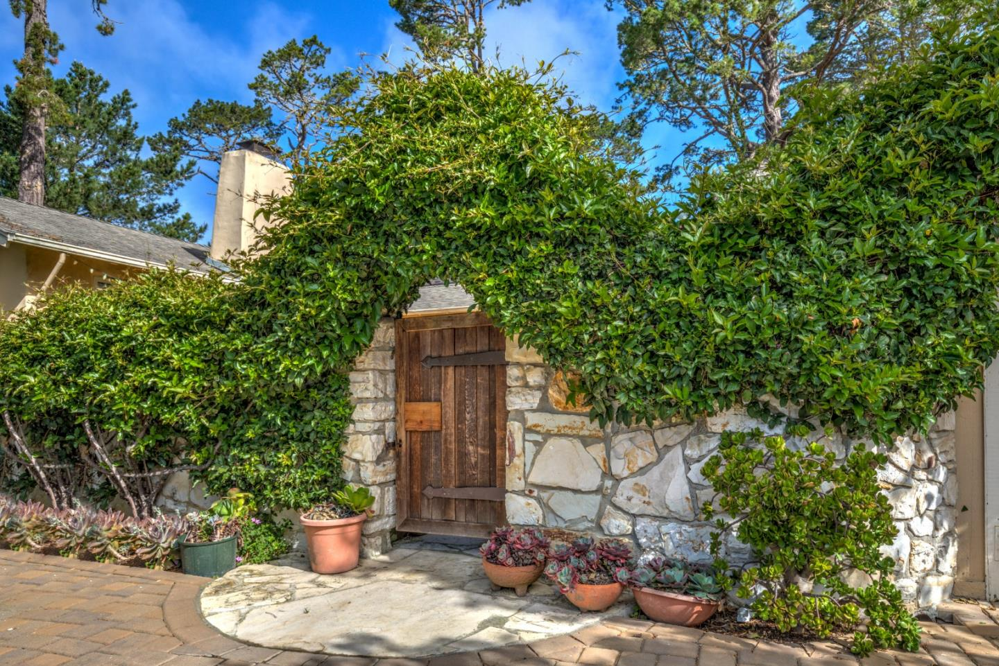 Detail Gallery Image 1 of 1 For 0 Ne Corner Of San Carlos & 1st, Carmel, CA 93921 - 3 Beds | 2 Baths