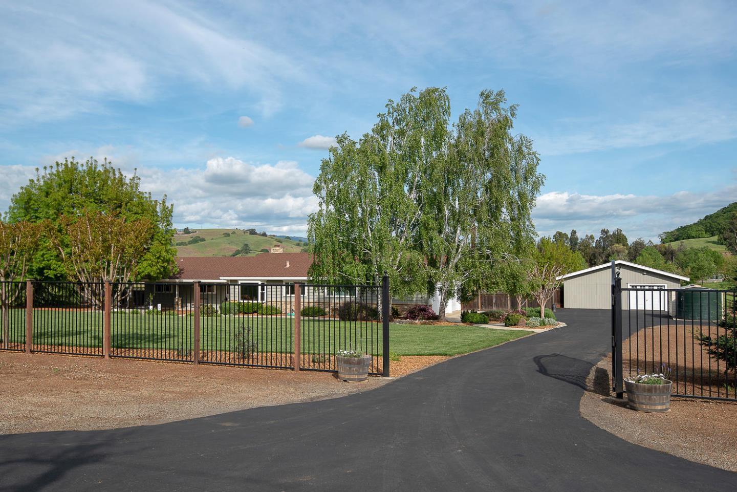 13670 Spring Valley RD, Morgan Hill in Santa Clara County, CA 95037 Home for Sale