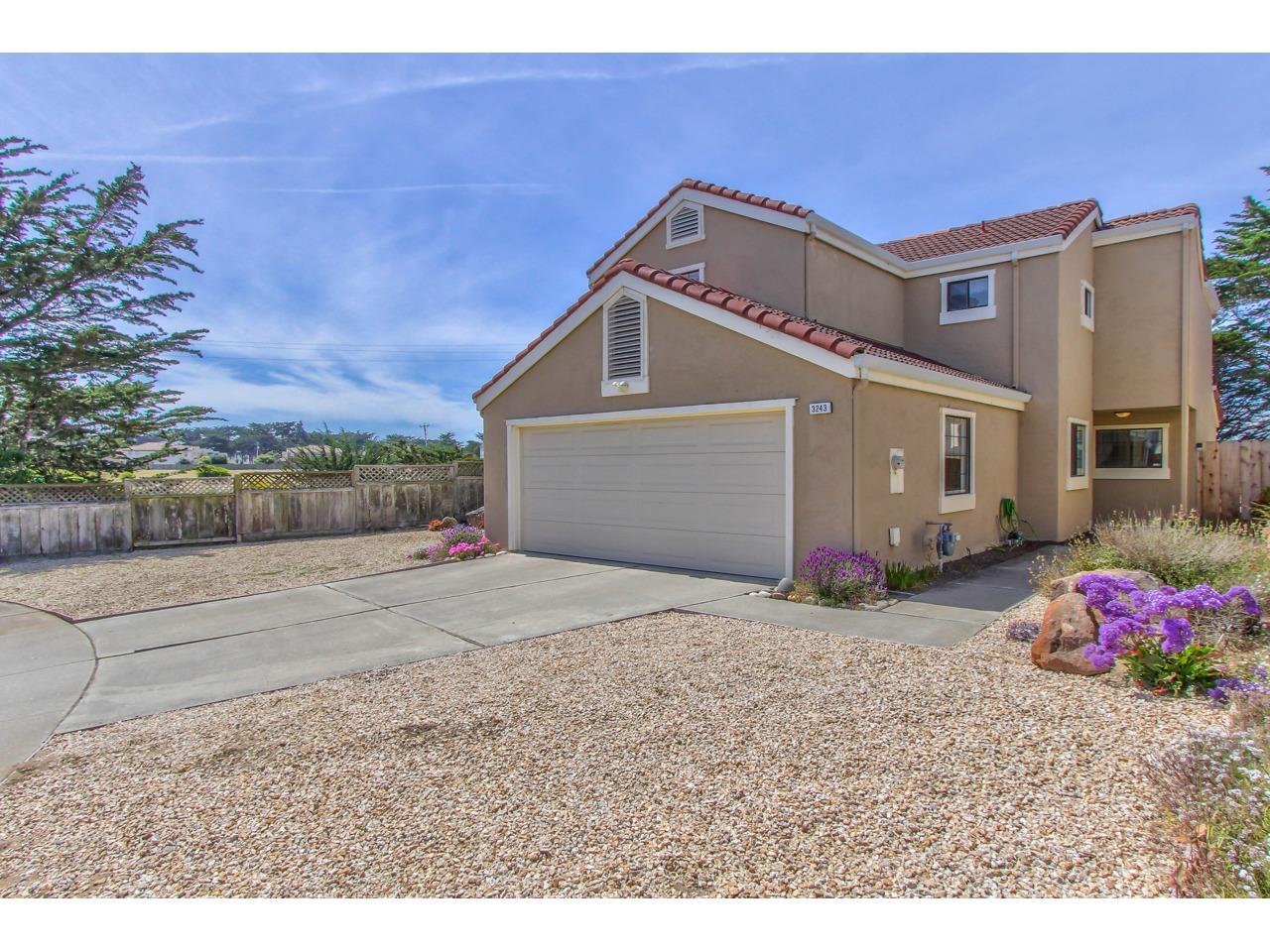 Detail Gallery Image 1 of 1 For 3243 Coral Way, Marina,  CA 93933 - 4 Beds | 2/1 Baths
