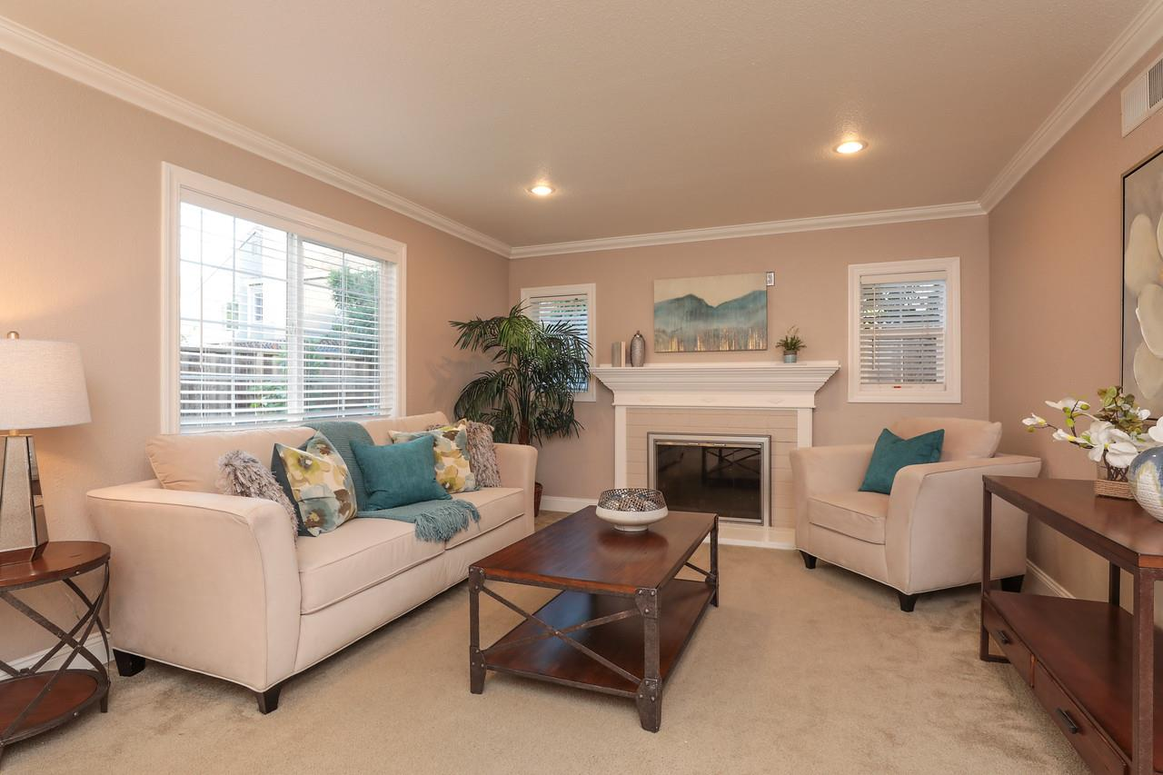 Detail Gallery Image 1 of 1 For 1638 Tawnygate Way, San Jose, CA 95124 - 2 Beds | 1 Baths