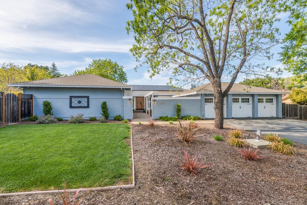 2149 Green Acres LN, Morgan Hill, California