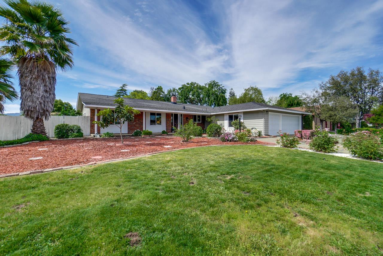 Detail Gallery Image 1 of 1 For 12575 Scully Ave, Saratoga, CA, 95070 - 4 Beds | 2/1 Baths