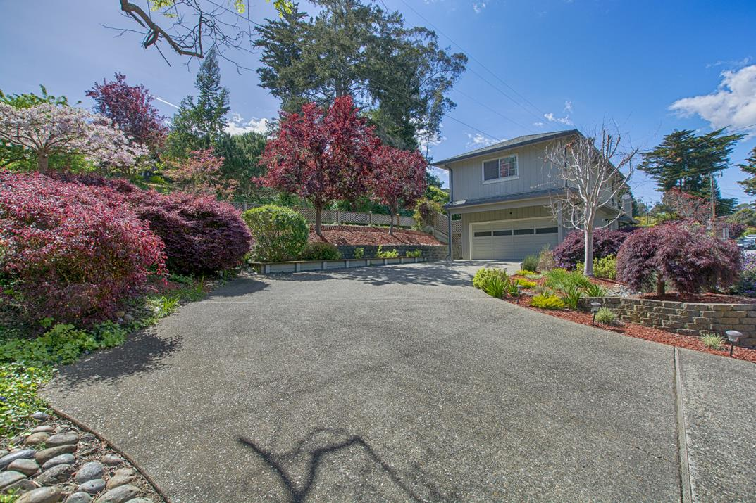 Detail Gallery Image 1 of 21 For 448 Sumner Ave, Aptos, CA, 95003 - 3 Beds | 2/1 Baths