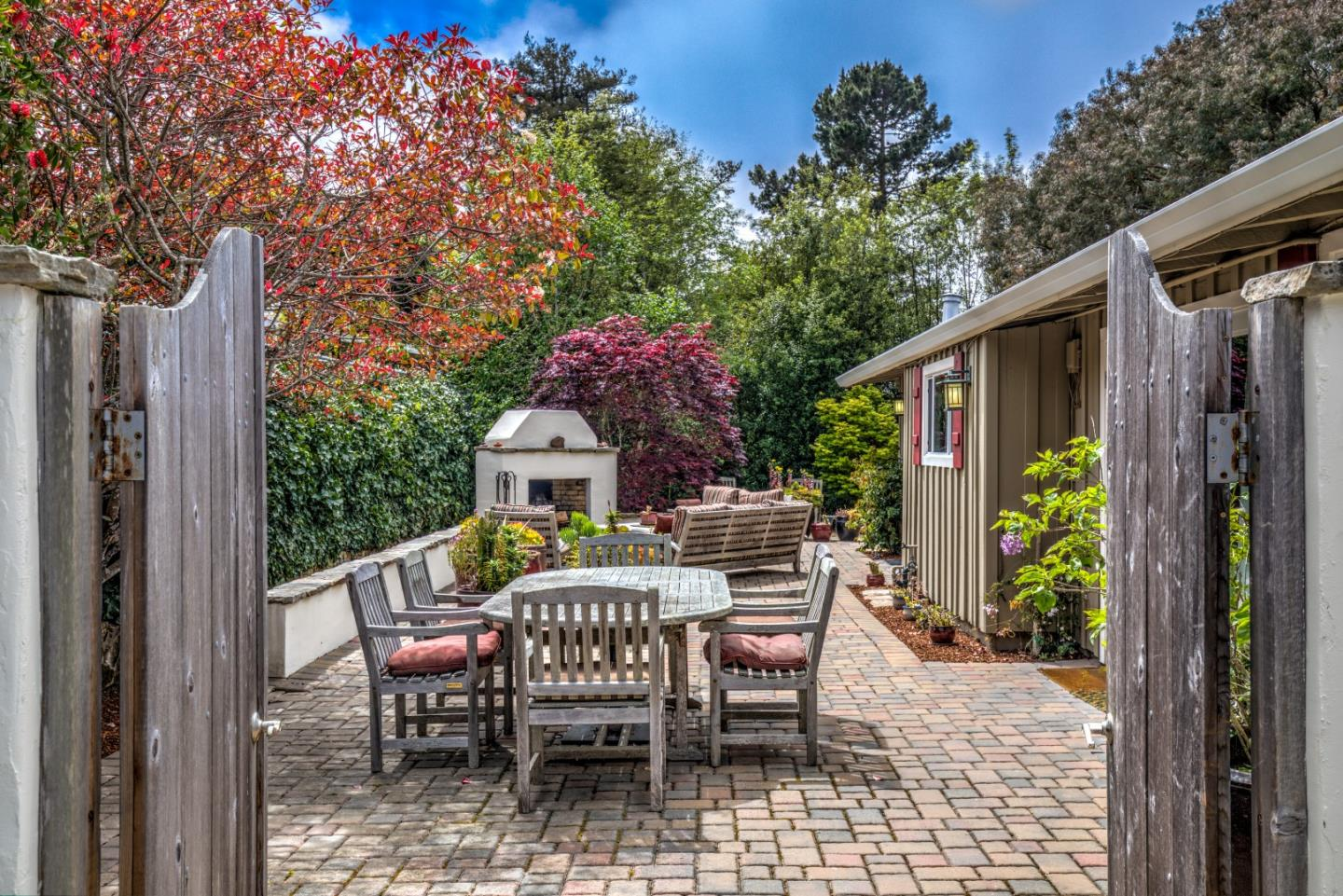 Detail Gallery Image 1 of 1 For 995 David Ave, Pacific Grove, CA 93950 - 4 Beds | 2 Baths