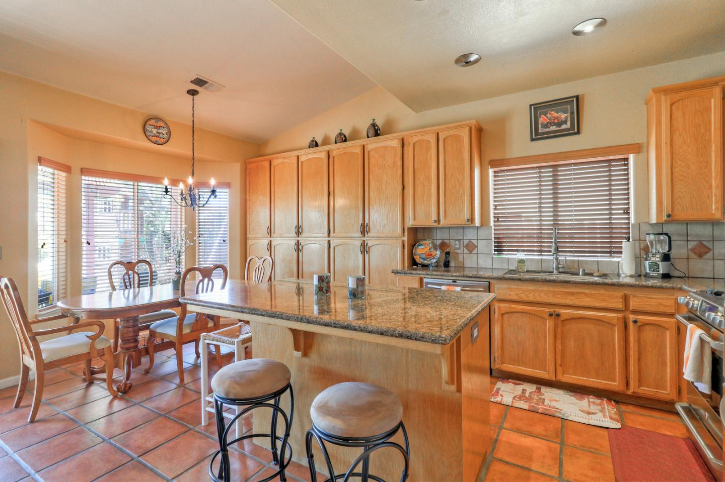 Detail Gallery Image 1 of 1 For 1260 Nez Perce Dr, Hollister, CA, 95023 - 4 Beds | 2 Baths