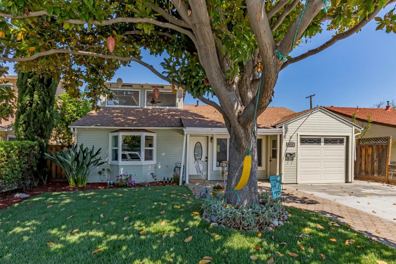 Detail Gallery Image 1 of 24 For 673 Malarin Ave, Santa Clara, CA, 95050 - 4 Beds | 3 Baths