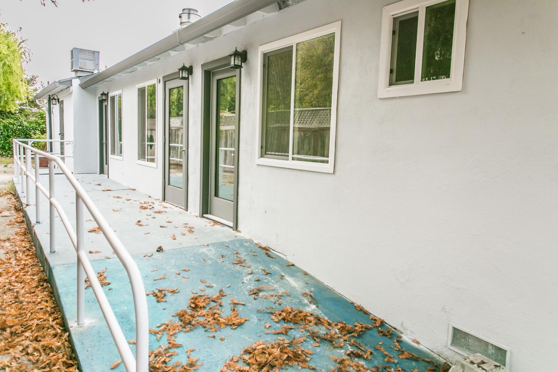 740 17th Ave Santa Cruz Ca 95062 Beds Baths