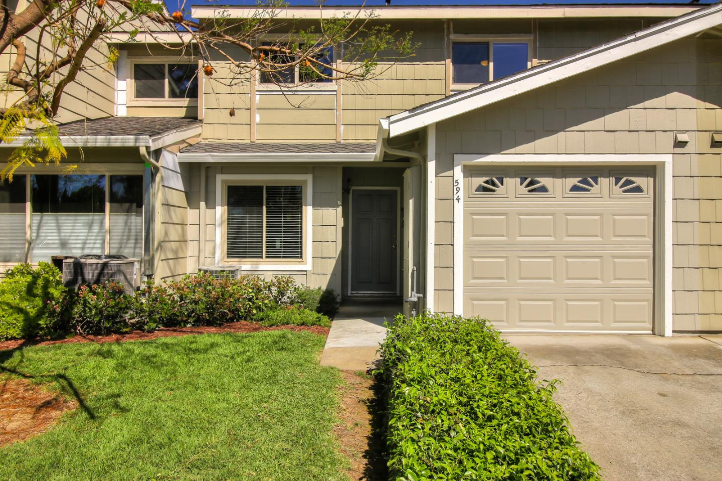 Detail Gallery Image 1 of 1 For 594 Latimer Cir, Campbell, CA 95008 - 3 Beds | 2/1 Baths