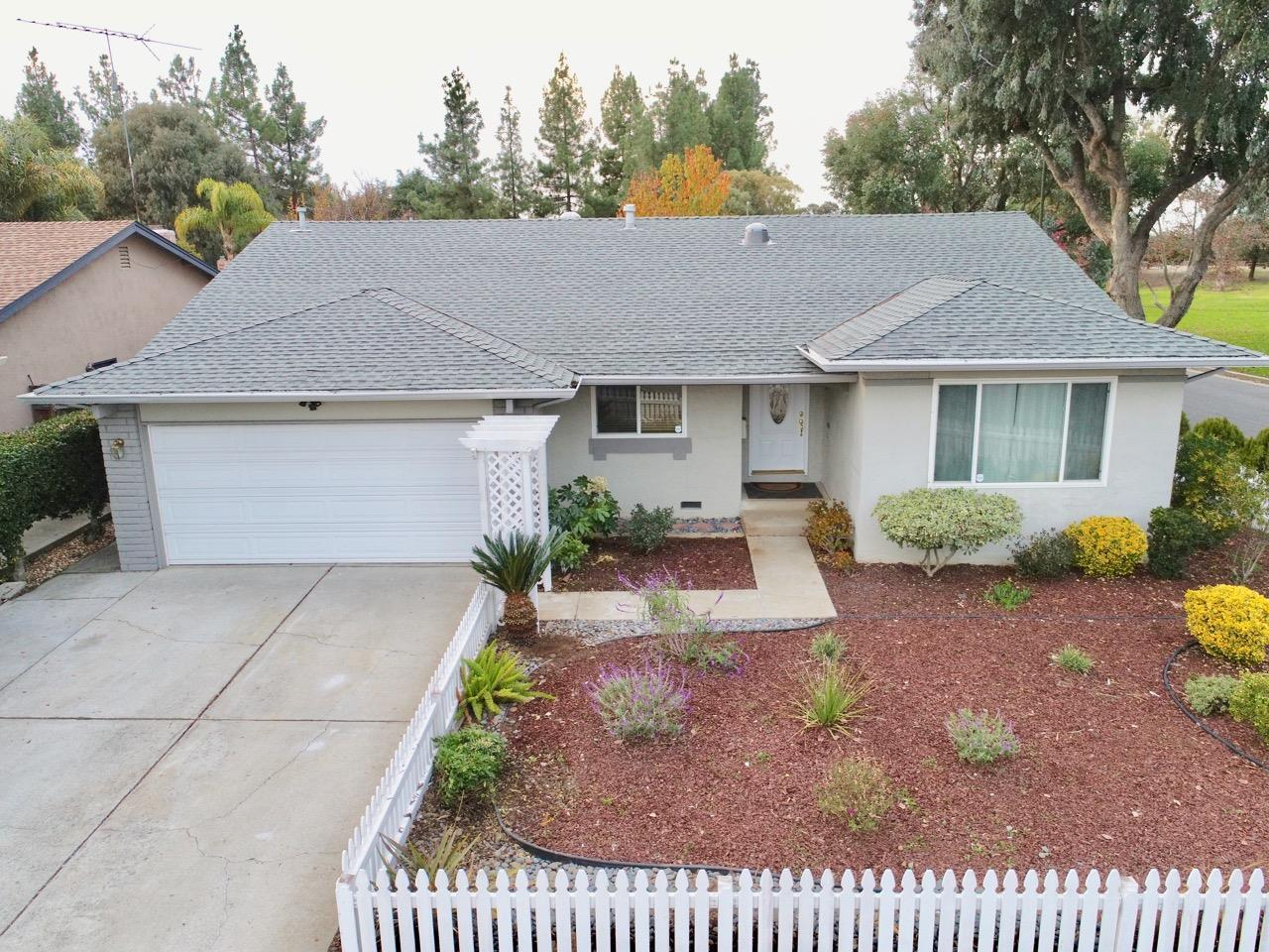 5001 Royal Estate CT, Evergreen, California