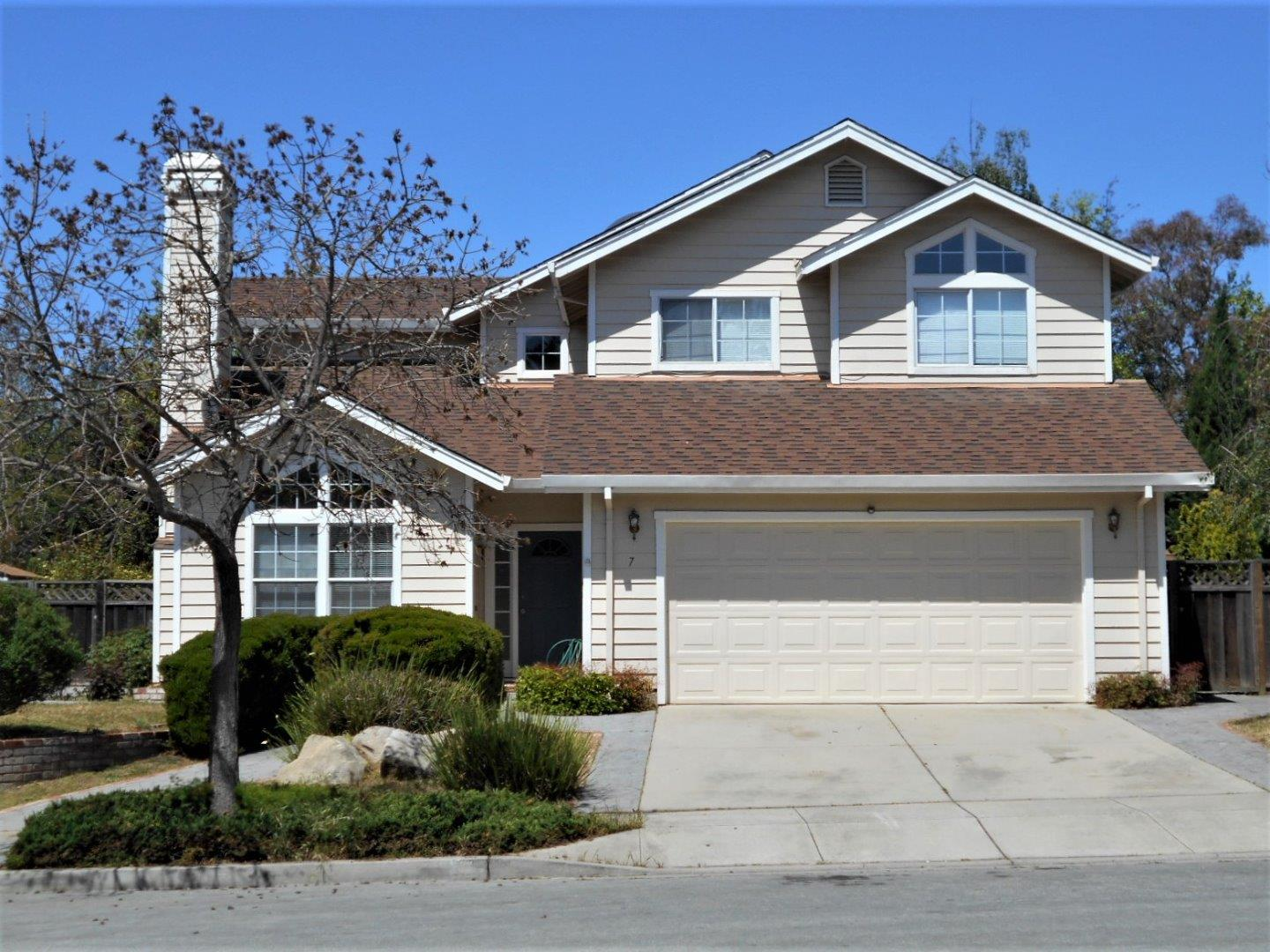 Detail Gallery Image 1 of 1 For 7 Waterford Cir, Salinas, CA 93906 - 4 Beds   2/1 Baths