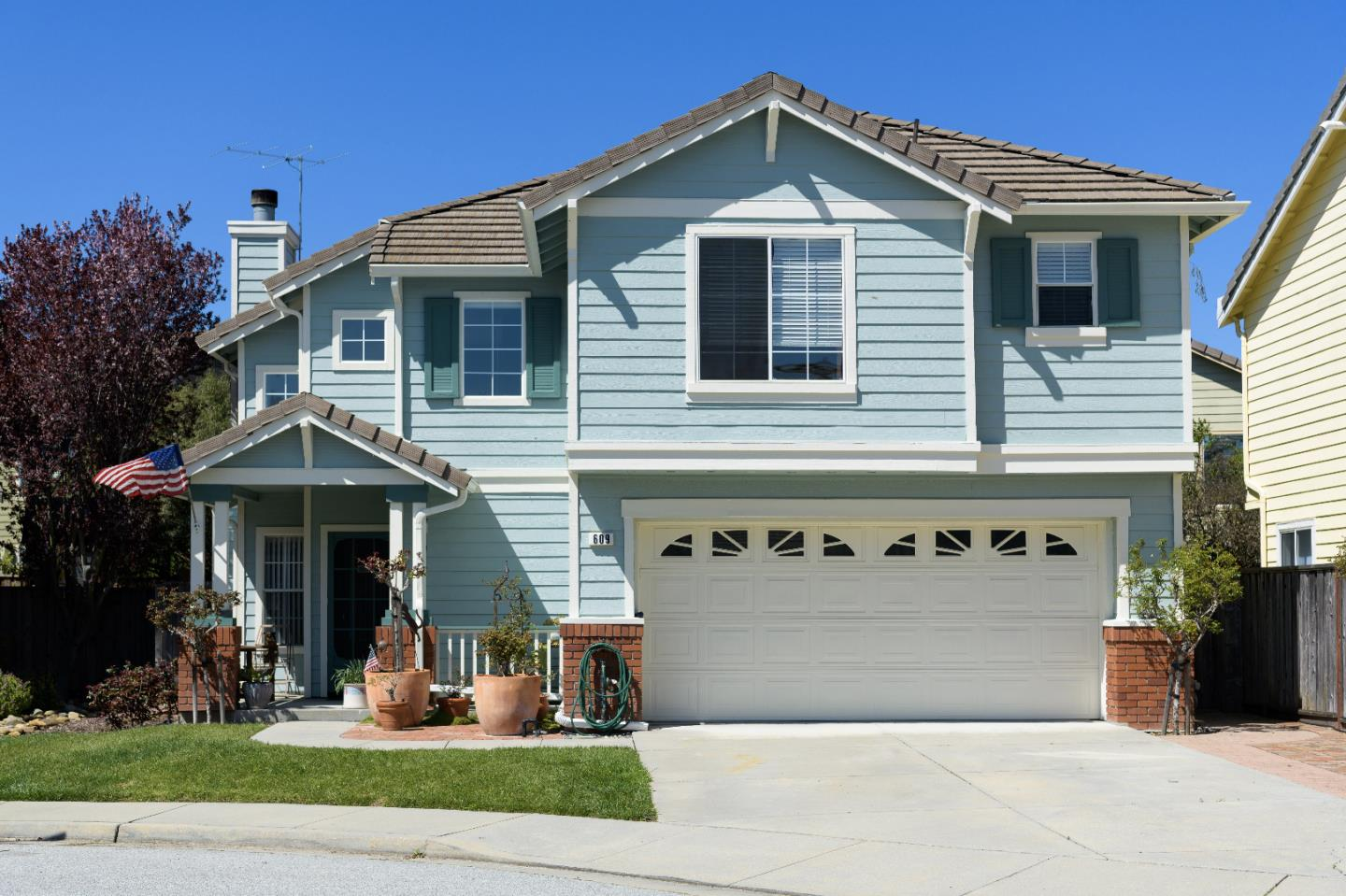Detail Gallery Image 1 of 59 For 609 Coast Range Dr, Scotts Valley, CA, 95066 - 3 Beds | 2/1 Baths