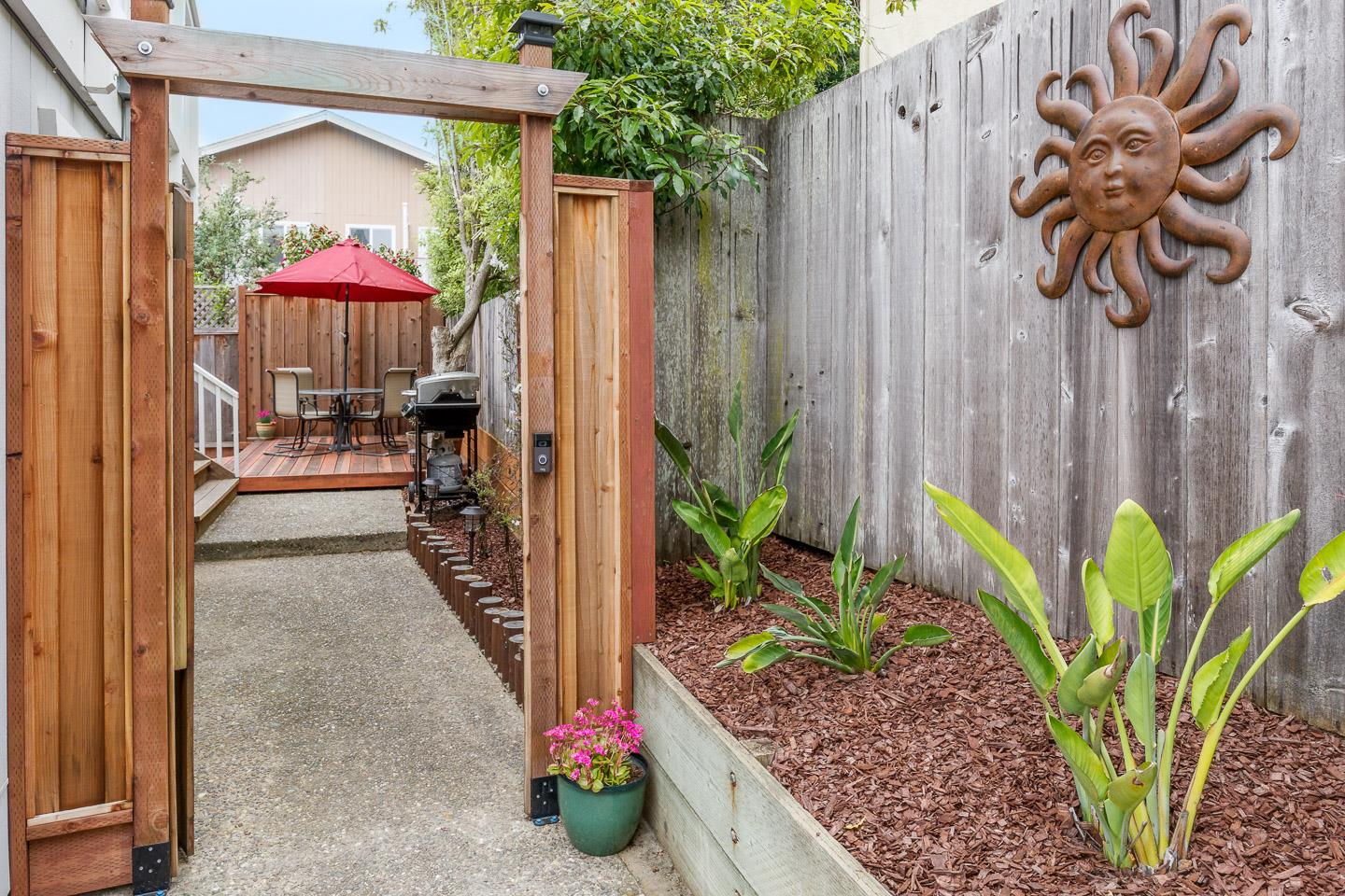 Detail Gallery Image 1 of 1 For 146 Provincetown Ct, Aptos,  CA 95003 - 3 Beds | 2 Baths