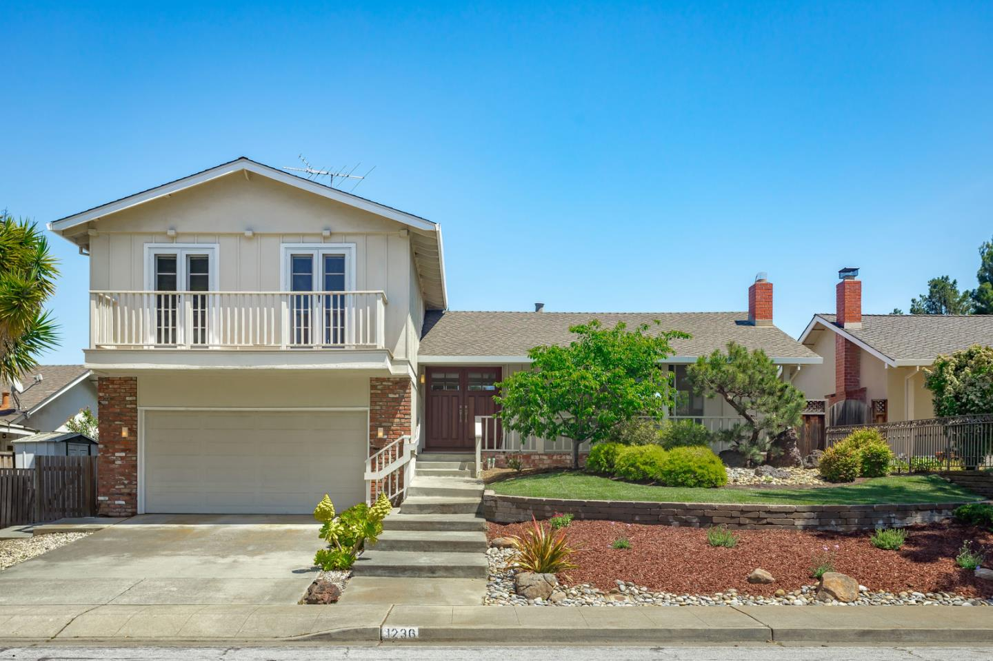 Detail Gallery Image 1 of 1 For 1236 Van Dyck Dr, Sunnyvale, CA 94087 - 4 Beds | 2/1 Baths
