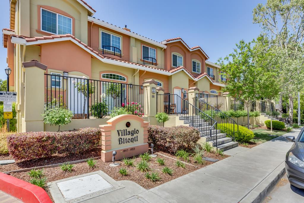 Detail Gallery Image 1 of 1 For 1043 Helen Ave, Santa Clara, CA 95051 - 3 Beds | 2/1 Baths