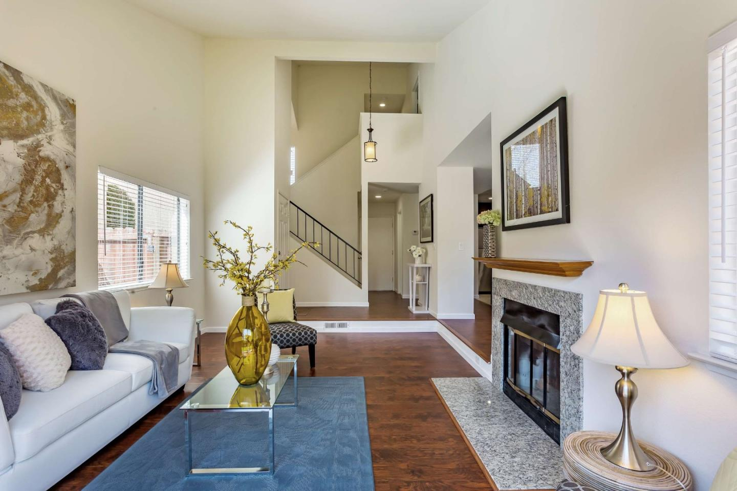 Detail Gallery Image 1 of 27 For 1726 River Birch Dr, San Jose, CA, 95131 - 3 Beds | 2/1 Baths