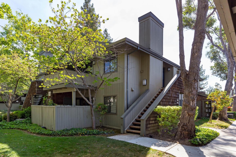 Detail Gallery Image 1 of 1 For 1913 La Terrace Cir, San Jose,  CA 95123 - 2 Beds | 2 Baths