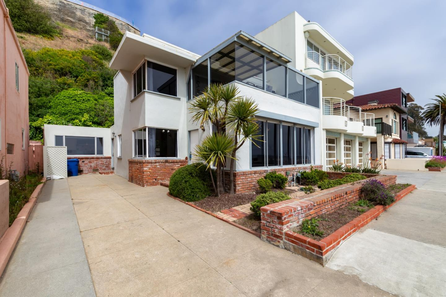 Detail Gallery Image 1 of 1 For 407 Beach Dr, Aptos, CA 95003 - 3 Beds   2/1 Baths