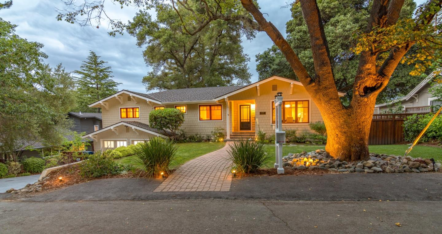 Detail Gallery Image 1 of 15 For 16295 W Ellenwood Ave, Monte Sereno, CA, 95030 - 4 Beds   3 Baths