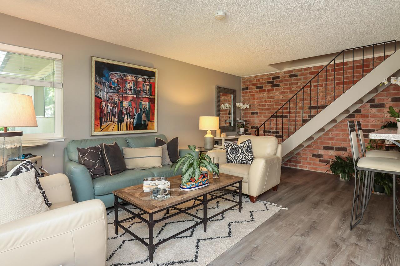 Detail Gallery Image 1 of 1 For 220 Watson Dr #3, Campbell, CA 95008 - 2 Beds | 1 Baths