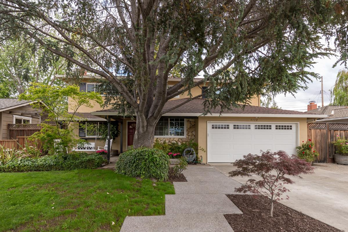 Detail Gallery Image 1 of 1 For 5134 Elrose Ave, San Jose,  CA 95124 - 5 Beds | 2/1 Baths