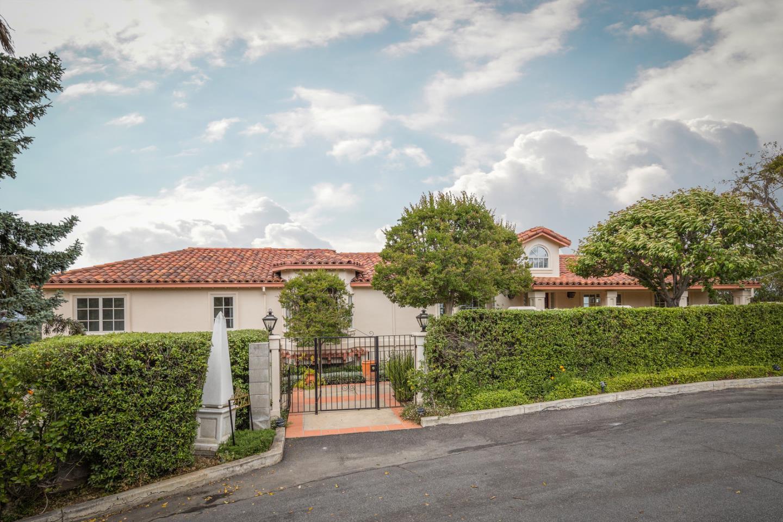Detail Gallery Image 1 of 1 For 306 La Cuesta Dr, Los Altos, CA 94024 - 3 Beds | 3 Baths